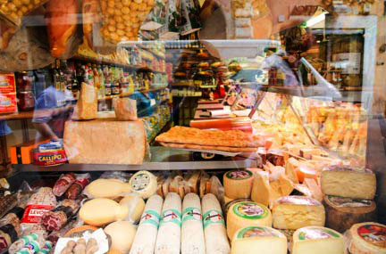 4.Cheeses in Rome